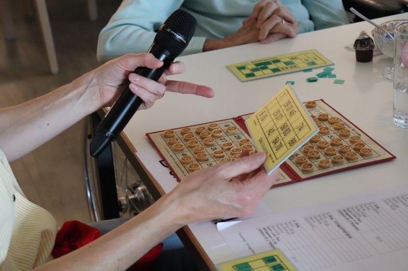 Lotto-Nachmittag für die Bewohnerinnen und Bewohner im Restaurant Papillon