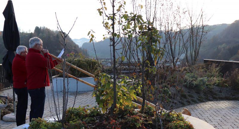 Alphorn-Klänge auf der Dachterrasse Wiggernweg